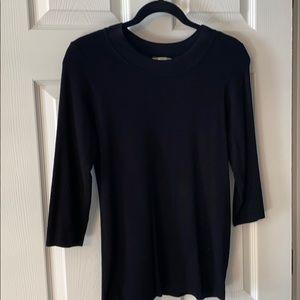 Black sweater sz medium